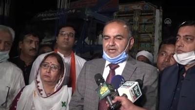 Pakistan'da binlerce Hindu Hindistan'ı protesto etti - İSLAMABAD