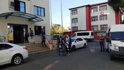 Yalova'da 35 Afganlı sınır dışı edildi