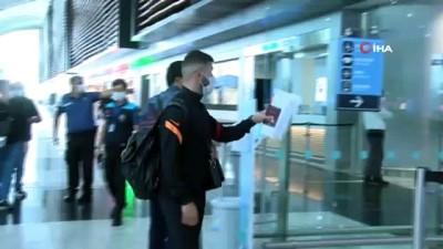 gribal enfeksiyon - Galatasaray, İskoçya'ya uçtu