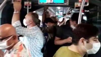 metrobus duraklari -  Metrobüslerde sosyal mesafesiz yolculuk