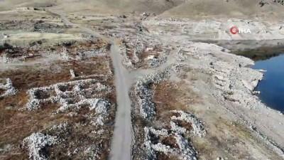 Kayseri'de kuraklık arttı, Yamula Barajı'nda su seviyesi iyice azaldı