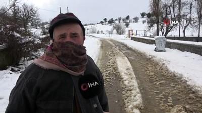 Uşak'a mevsimin ilk karı yağdı