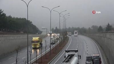 Gaziantep'te, yağmur ve sis etkili oldu