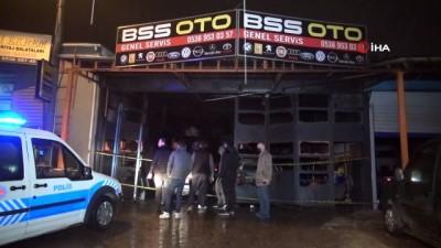 gesi -  Oto tamircide patlama: 1 kişi yaralandı, 2 araç küle döndü