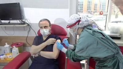 Tokat'ta 8 bin 500 sağlık çalışanına korona aşısı