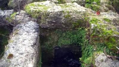 Sular çekildi, kaya mezarlar ortaya çıktı