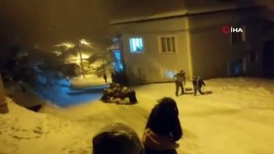 kamera -  Bursa'da kar çılgınlığı... 45 kadın aynı anda böyle kaydı