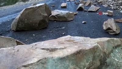 Kahramanmaraş'ta heyelan 9 mahallenin yolunu kapattı