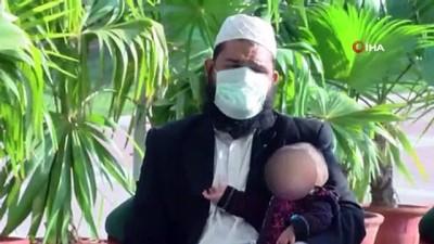 - Pakistan'da 9 aylık yapışık ikizler ameliyatla ayrıldı
