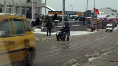 Sinop'ta kar kazaları da beraberinde getirdi