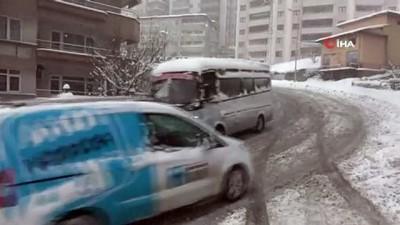Yoğun kar nedeniyle Zonguldak İstanbul yolu trafiğe kapandı