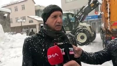 dar sokaklar -  Bitlis'te günlük 200 kamyon kar şehir dışına taşınıyor