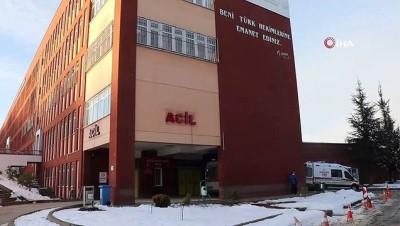 Bolu'da, 2 kişi sobadan sızan gazdan etkilendi