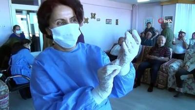 - Burdur'da huzurevlerindeki yaşlılar CoronaVac aşısı oldu