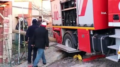 - Kazaya yardıma giden itfaiye aracı buzlu yolda kontrolden çıktı-