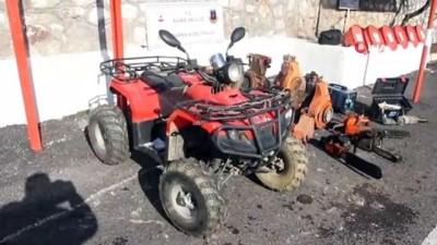 Traktör hırsızı jandarmadan kaçamadı
