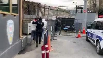 belediye otobusu -  Kağıthane'de otobüs şoförünü ve oğlunu darp edenler gözaltına alındı