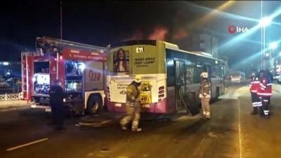 belediye otobusu -  Pendik'te otobüsün motor kısmında yangın çıktı