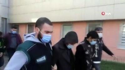 Uyuşturucu maddeleri midelerine zulalayan 3 İran uyruklu şahıs tutuklandı