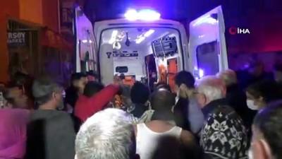 İzmir'de yangın: 1'i ağır, 2 yaralı