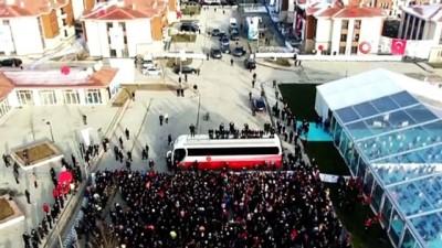 """Cumhurbaşkanı Erdoğan: """"Devlet yük değildir, yük alır'"""