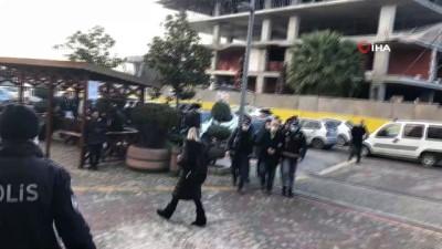 """kamu gorevlileri -  - İstanbul'da """"Tapuda rüşvet"""" operasyonunda 25 kişi tutuklandı"""