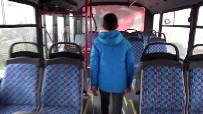 belediye otobusu -  Büyüyünce belediye şoförü olmayı isteyen Rafet'in doğum gününde hayalleri gerçek oldu