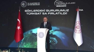 """Bakan Karaismailoğlu: """"Türksat 6A'nın üretimi, mühendislik modeli ile uçuş modelinin entegrasyon faaliyetleri eş zamanlı olarak devam etmektedir"""""""