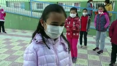 ilkokul ogrencisi -  Yozgat'ta öğrenciler uzun bir aradan sonra yüz yüze eğitim heyecanı yaşadı