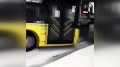 kar kureme araci -  Karlı yolda kayan halk otobüsü korku dolu anlar yaşattı