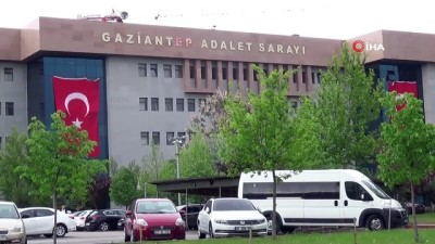 sanik avukati -  Kız kardeşini 18 yerinden makasla yaralayan ağabeyi mahkeme affetmedi