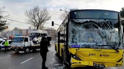 belediye otobusu - İSTANBUL - Sancaktepe'de belediye otobüsü ile minibüs çarpıştı: 7 yaralı