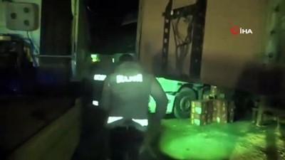 Mardin'de piyasa değeri 5 milyon lira olan 16 bin 440 şişe kaçak içki ele geçirildi