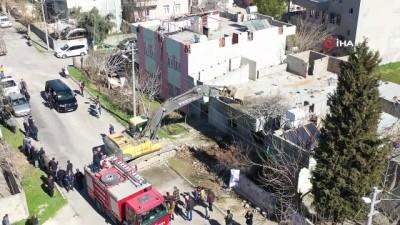 deprem bolgesi -  Adıyaman'da kentsel dönüşüm için ilk yıkım yapıldı