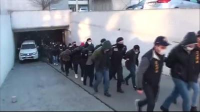 İSTANBUL - İstanbul merkezli 'siber dolandırıcılık' operasyonunda yakalanan 35 şüpheli tutuklandı