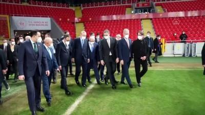 konferans - İZMİR - Cumhurbaşkanı Erdoğan,Gürsel Aksel Stadı'nda incelemelerde bulundu