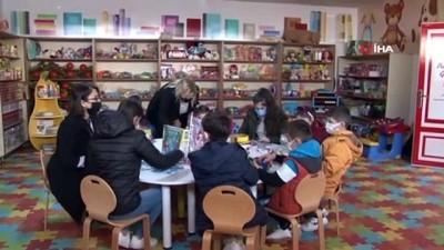 ermeni -  - Tuzla'da ihtiyaç sahibi çocuklar hem oyun oynuyor hemde oyuncak sahibi oluyor