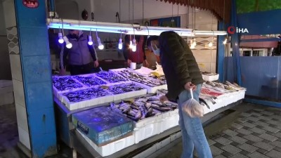 yilbasi -  Balıkçılar da vatandaşlar da hamsiden umudunu kesti