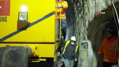 kar temizleme -  Demir yolunun 'kar savaşçıları'ndan nefes kesen çalışmalar