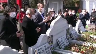 basbakan -  Eski Başbakan Erbakan, vefatının 10'uncu yıldönümünde kabri başında anıldı