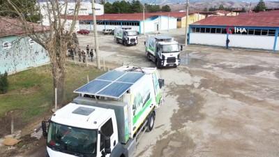 yilbasi -  Hibrit çöp kamyonlarıyla yüzde 50 tasarruf sağlıyor