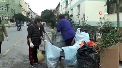 Maltepeli kadınlar belediyeye destek için çöp topladı