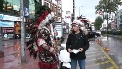 Kızıldereli kıyafeti ile dünya turuna çıktı