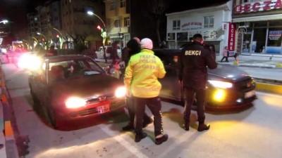kural ihlali - AFYONKARAHİSAR - Sandıklı'da polis ekiplerinden trafik denetimi