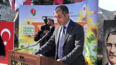 """Bitkisel Üretim Genel Müdürü Hasdemir: """"Tanklarıyla, tüfekleriyle övünen ülkeler market raflarını dolduramadı"""""""