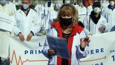 Madrid'de hasta ilk kabul doktorları süresiz greve başladı