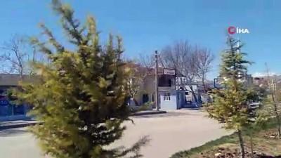 sanayi sitesi -  Uçan çatı ikamet camlarına çarptı: 1 yaralı