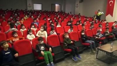 cizgi film -  Silopi'de ilkokul öğrencilerine trafik kuralları öğretildi