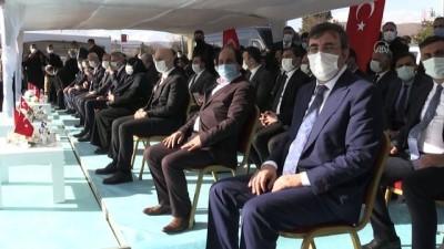 BİNGÖL - Bakan Karaismailoğlu Şehitlik Anıtı açılış törenine katıldı