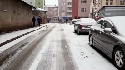 ARDAHAN - Kar yağışı etkili oldu